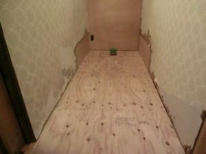 トイレ床組