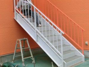 屋外階段塗装