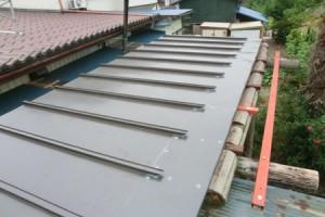 太陽熱温水器屋根