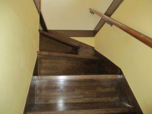 階段廻り漆喰仕上