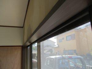 窓枠シート張